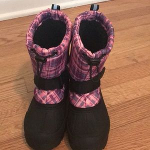 Little Girl size 13 snow boots